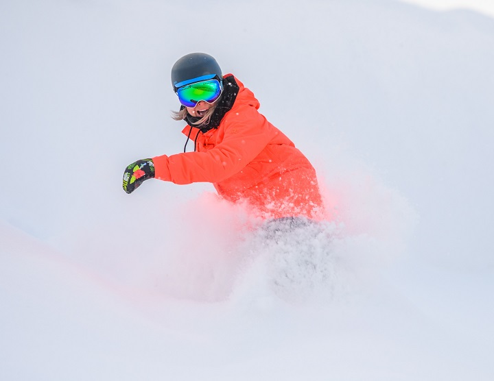 It's powder aplenty at Big White, with the resort reporting 42 centimetres of snow in the last 24 hours.