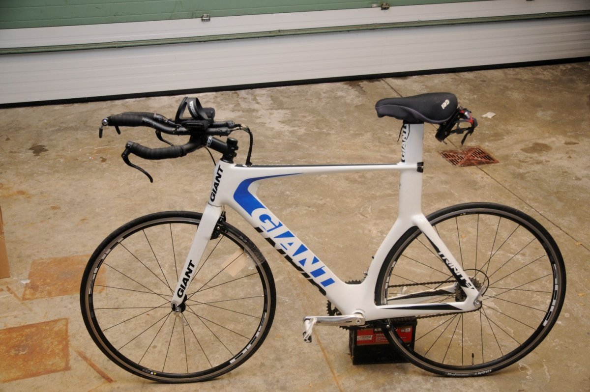 Hamilton police seize heroin, fentanyl and 'high-end bicycle' in drug bust - image