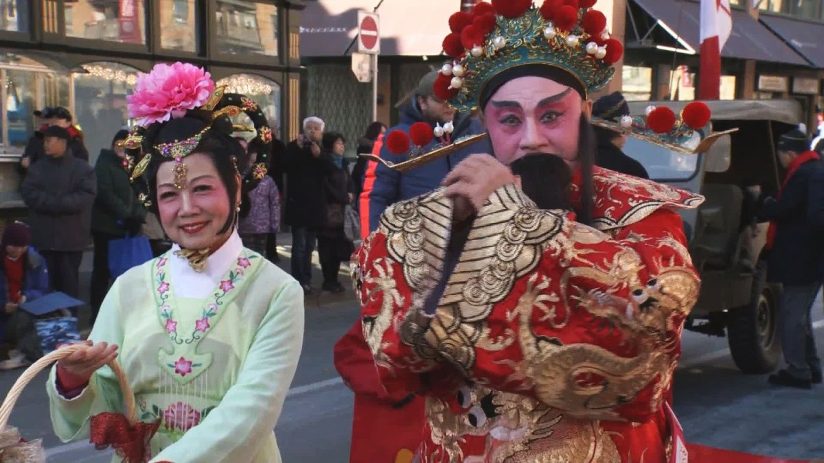 It was -4 C in Vancouver Sunday morning, but that didn't stop thousands of people coming out to celebrate the start of the Lunar New Year.