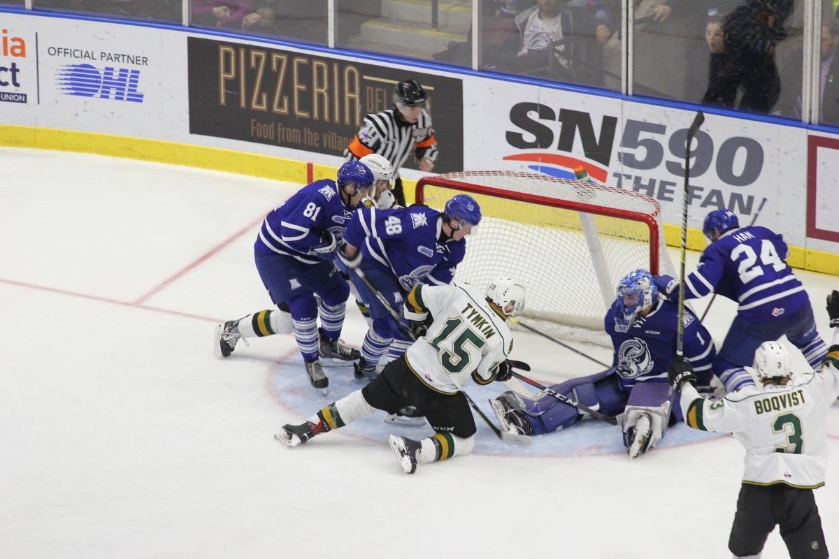 Mississauga, Ont. - Steelheads goaltender Jacob Inham denies Cole Tymkin and the London Knights at the goal line in a 9-4 Mississauga win on February 18, 2019.