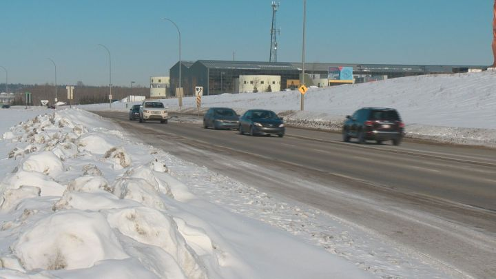 Ray Gibbon Drive between Edmonton and St. Albert will be twinned, the province announced on Monday, Feb. 25, 2019.