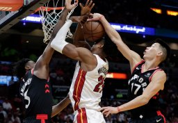 Continue reading: Toronto Raptors tie team record with 21 3s, top Miami Heat 125-104