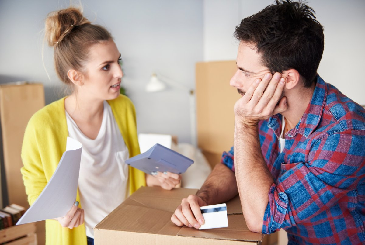The average Canadian household used nearly 15 per cent of its disposable income to meet its debt obligations during the last three months of 2018.