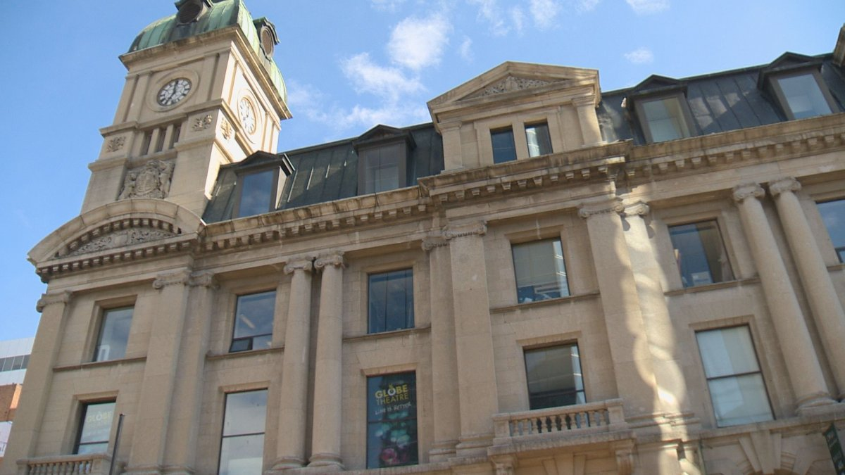 Regina's Global Theatre is waiting until January to welcome back visitors, despite being given the green night by the Saskatchewan government.