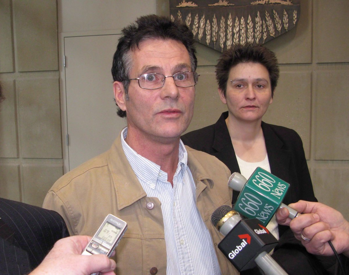 David Milgaard speaks briefly with reporters at the Calgary Courts Centre on Nov. 14, 2011.