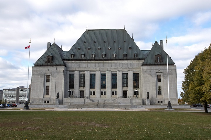 The federal government wants the Supreme Court to weigh in on a cap imposed on prisoner isolation.