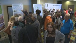 Continue reading: REM light rail open house draws a large crowd in Pointe-Claire