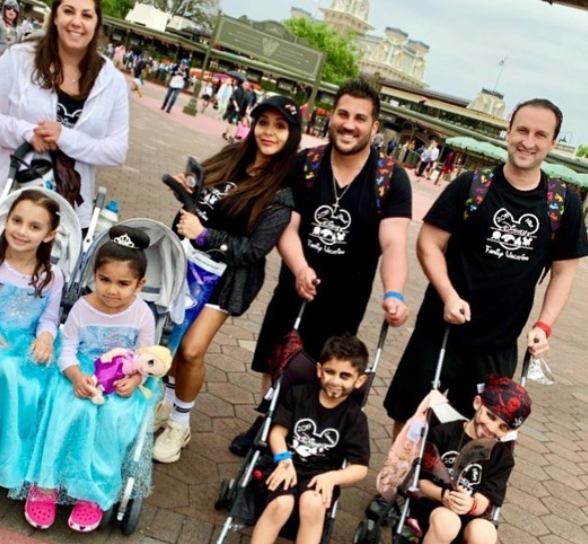 Snooki was at Disney World with her children (ages four and six) in strollers, and it sparked debate.