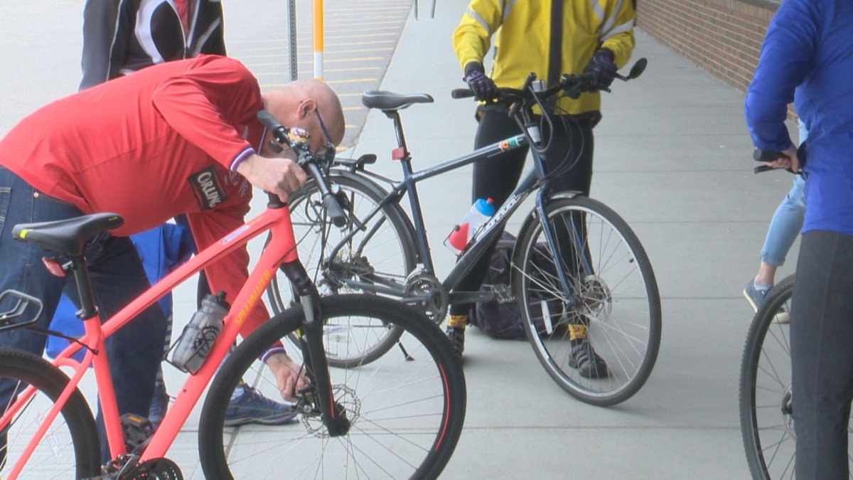 Participants of the commuters cycling skills workshop learn about bike safety.