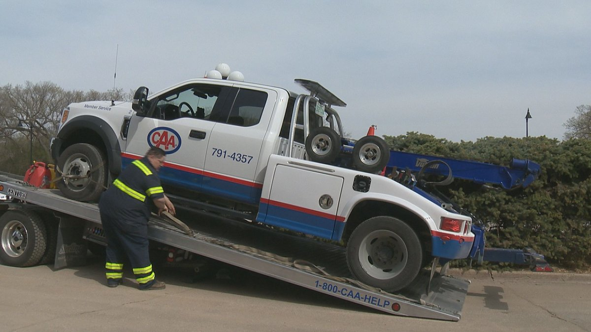 CAA has long advocated for the protection of roadside assistance workers through Slow Down, Move Over legislation.
