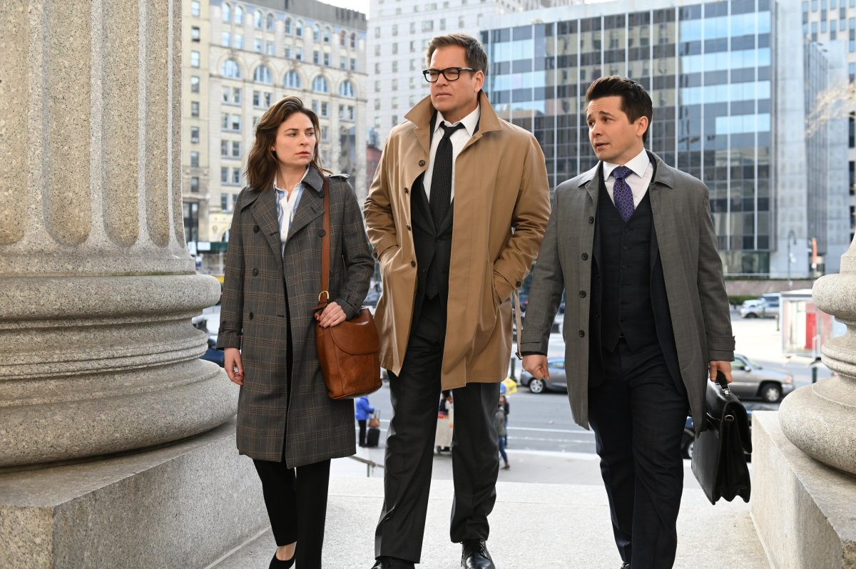 Pictured L-R: Mackenzie Meehan as Taylor Rentzel, Michael Weatherly as Dr. Jason Bull, and Freddy Rodriguez as Benny Colón.