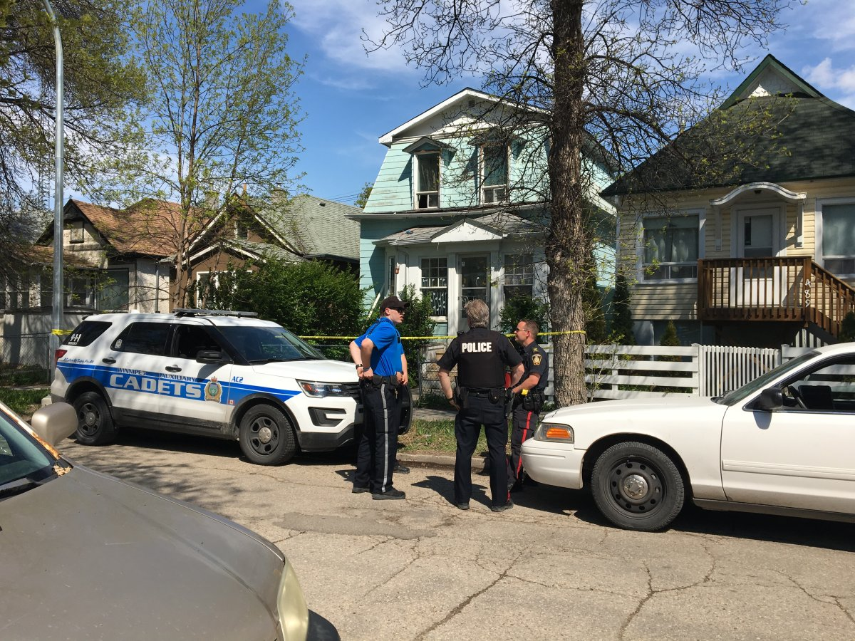 Winnipeg Police investigate a homicide on Simcoe Street.