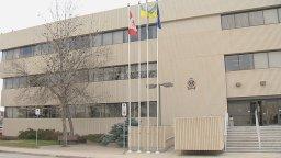 Continue reading: Member of Regina police tests positive for coronavirus