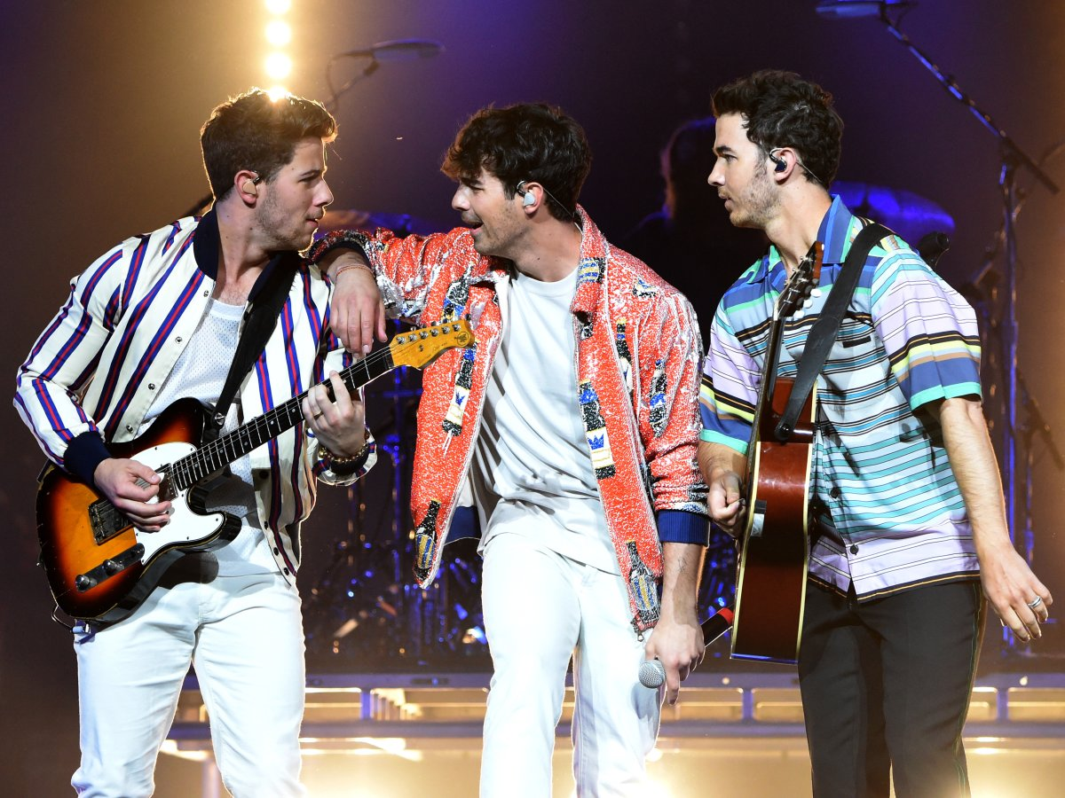 (L-R) Nick Jonas, Joe Jonas and Kevin Jonas rehearsing for their live performance at the 2019 Billboard Music Awards.