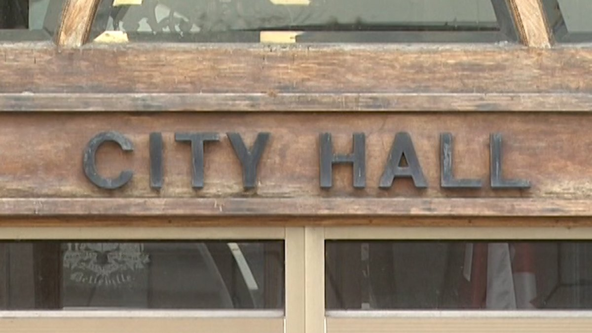 Five Belleville city councillors refused to even hear an ad hoc committee's recommendation to fill a vacant council seat Wednesday, leaving the matter up in the air.