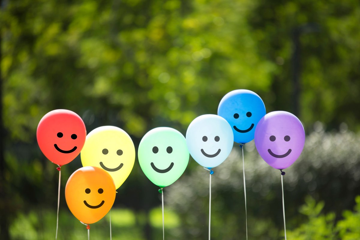 More Canadians report being happier after age 55, a new survey suggests -  National | Globalnews.ca