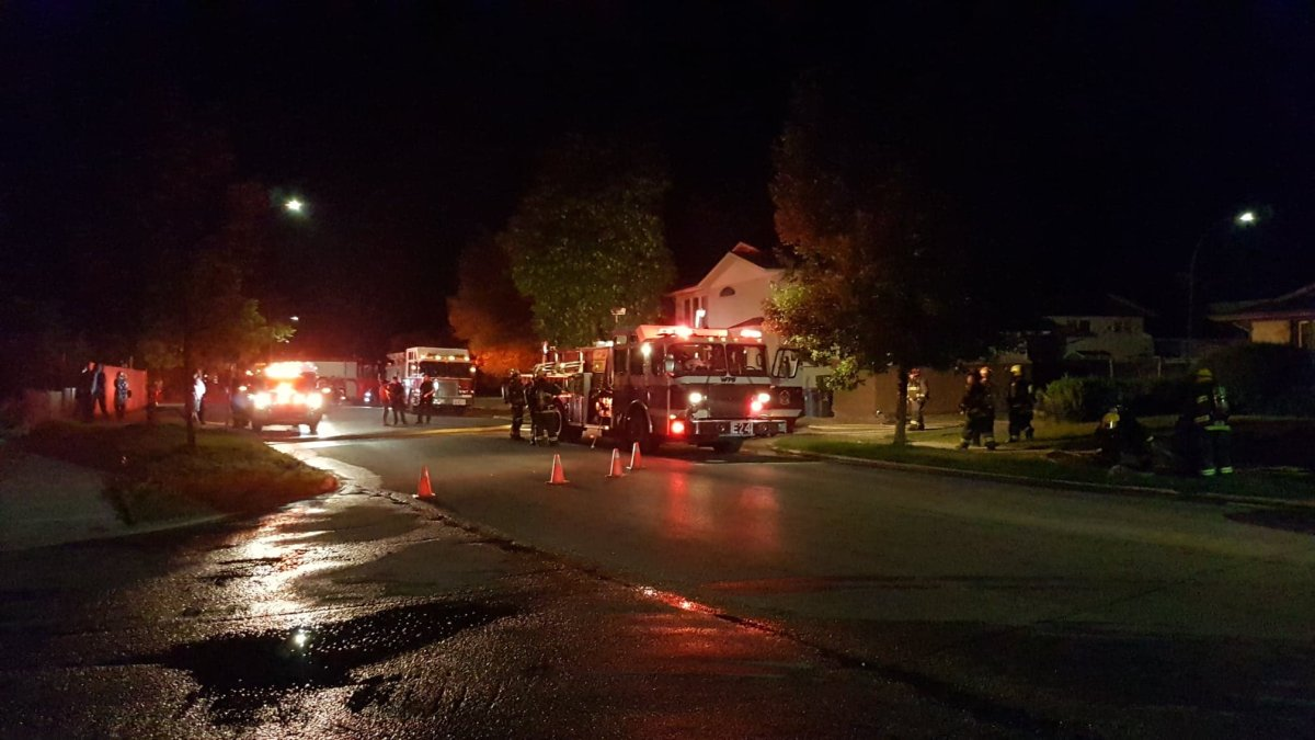 Winnipeg fire crews battle vehicle fire in the city's North End. FILE/Global News.