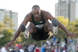 Continue reading: A new Canadian record in the decathlon for London's Damian Warner