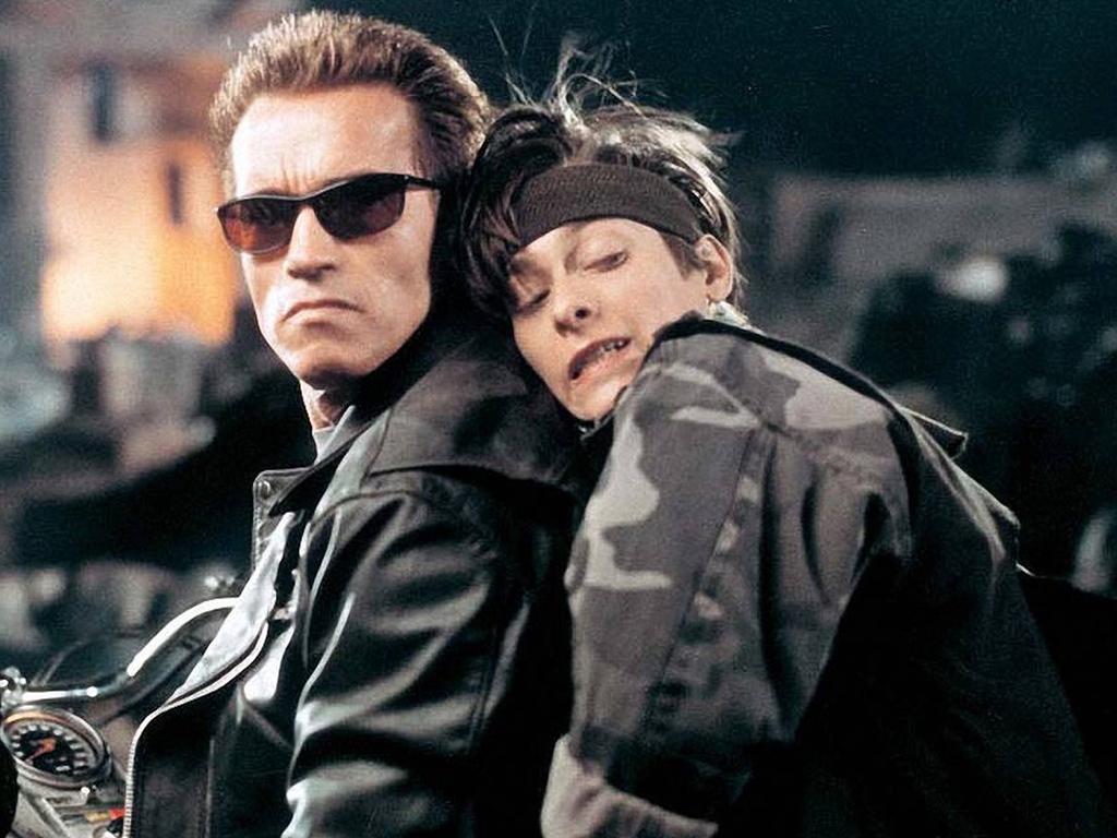 (L-R) Arnold Schwarzenegger and Edward Furlong in 'Terminator 2: Judgement Day' (1991).