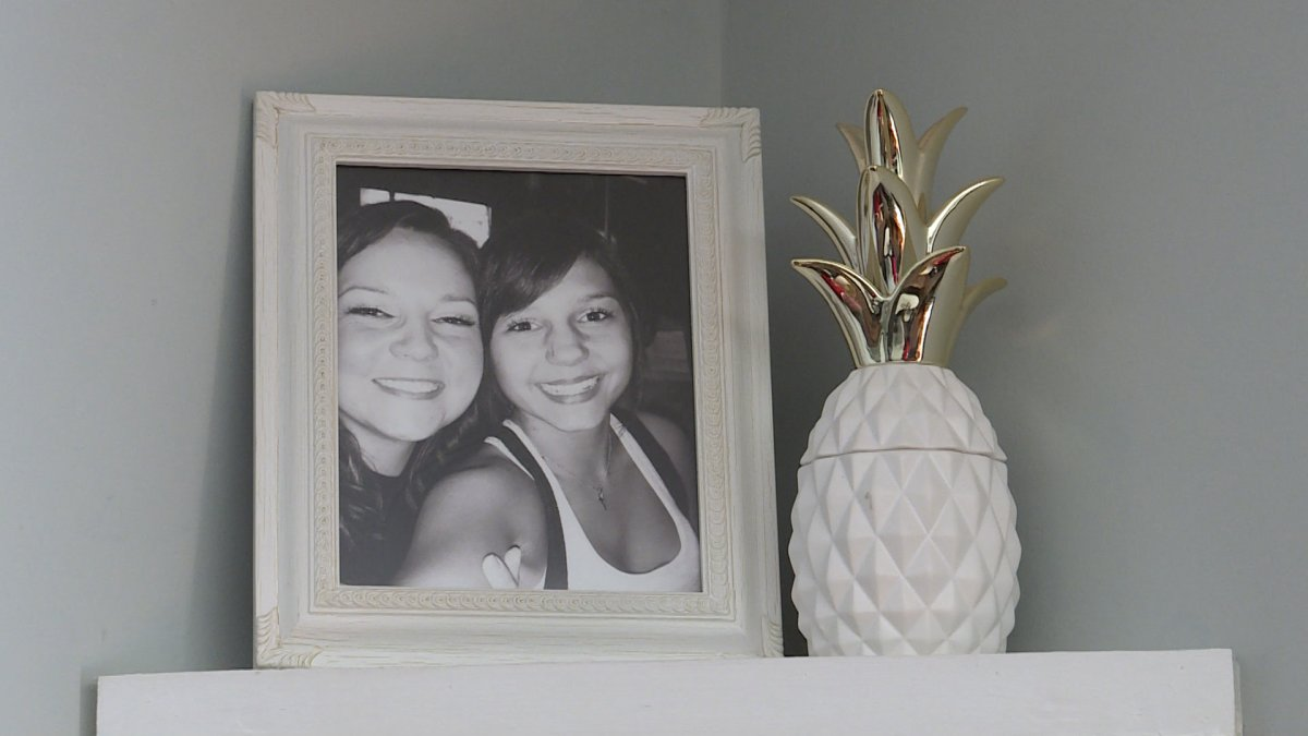 Shown is a photo of Danielle and Sara Culley.