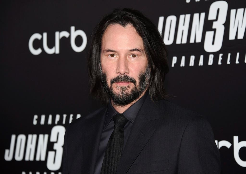 Keanu Reeves will join fellow actor Carrie-Anne Moss and director Lana Wachowski for 'The Matrix 4.'.
