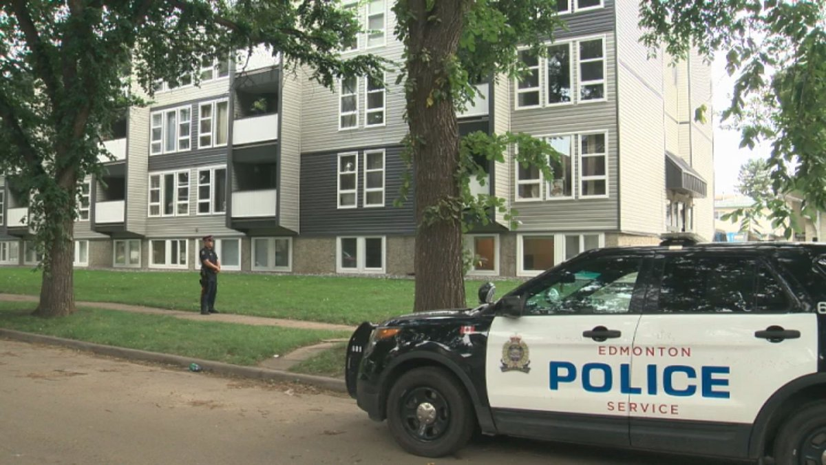 Edmonton police investigate a suspicious death that occurred on Friday, Aug. 16, 2019 in the area of 93 Street and 104 Avenue.