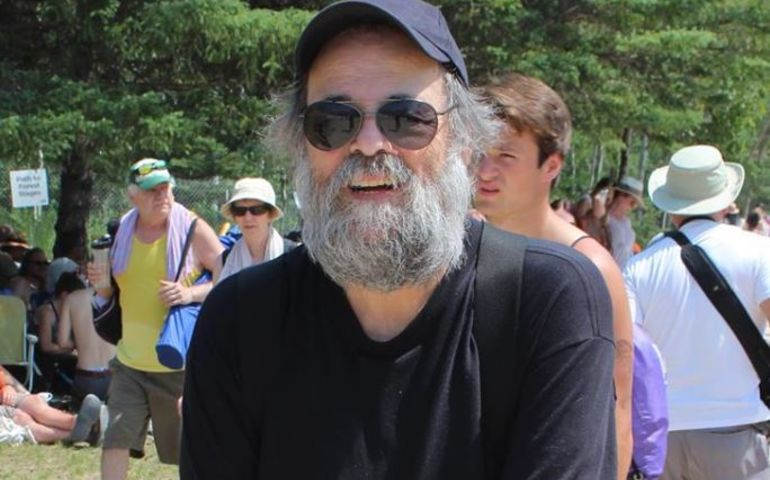 Mitch Podolak.