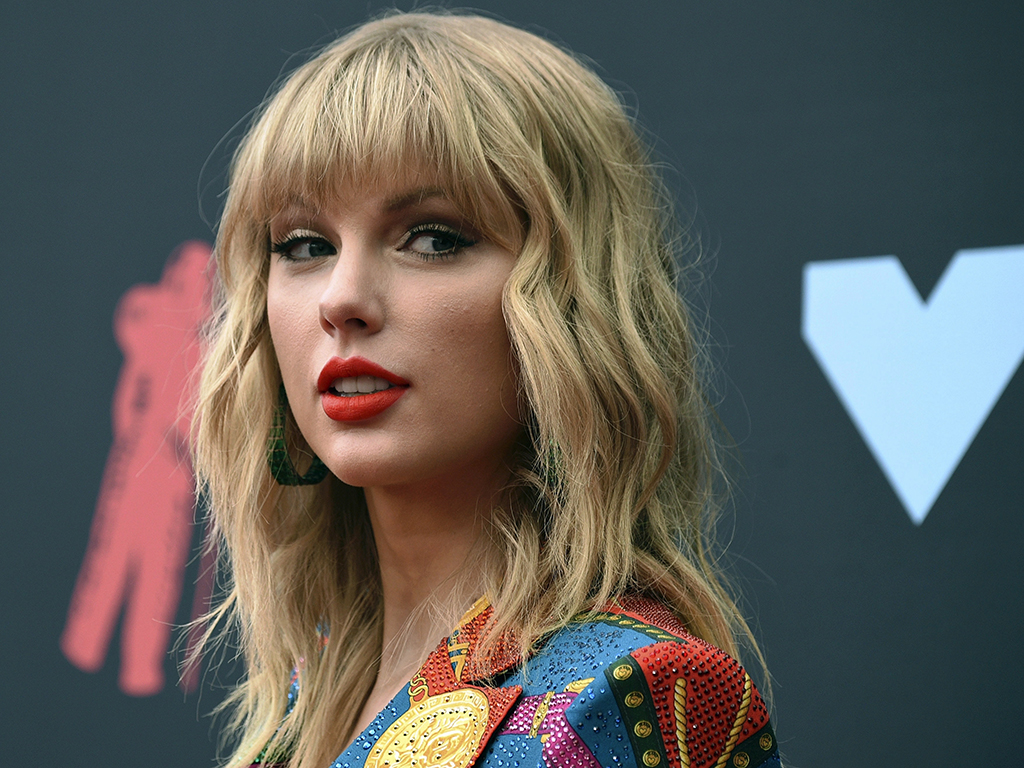 In this Aug. 26, 2019 file photo, Taylor Swift arrives at the MTV Video Music Awards in Newark, N.J.