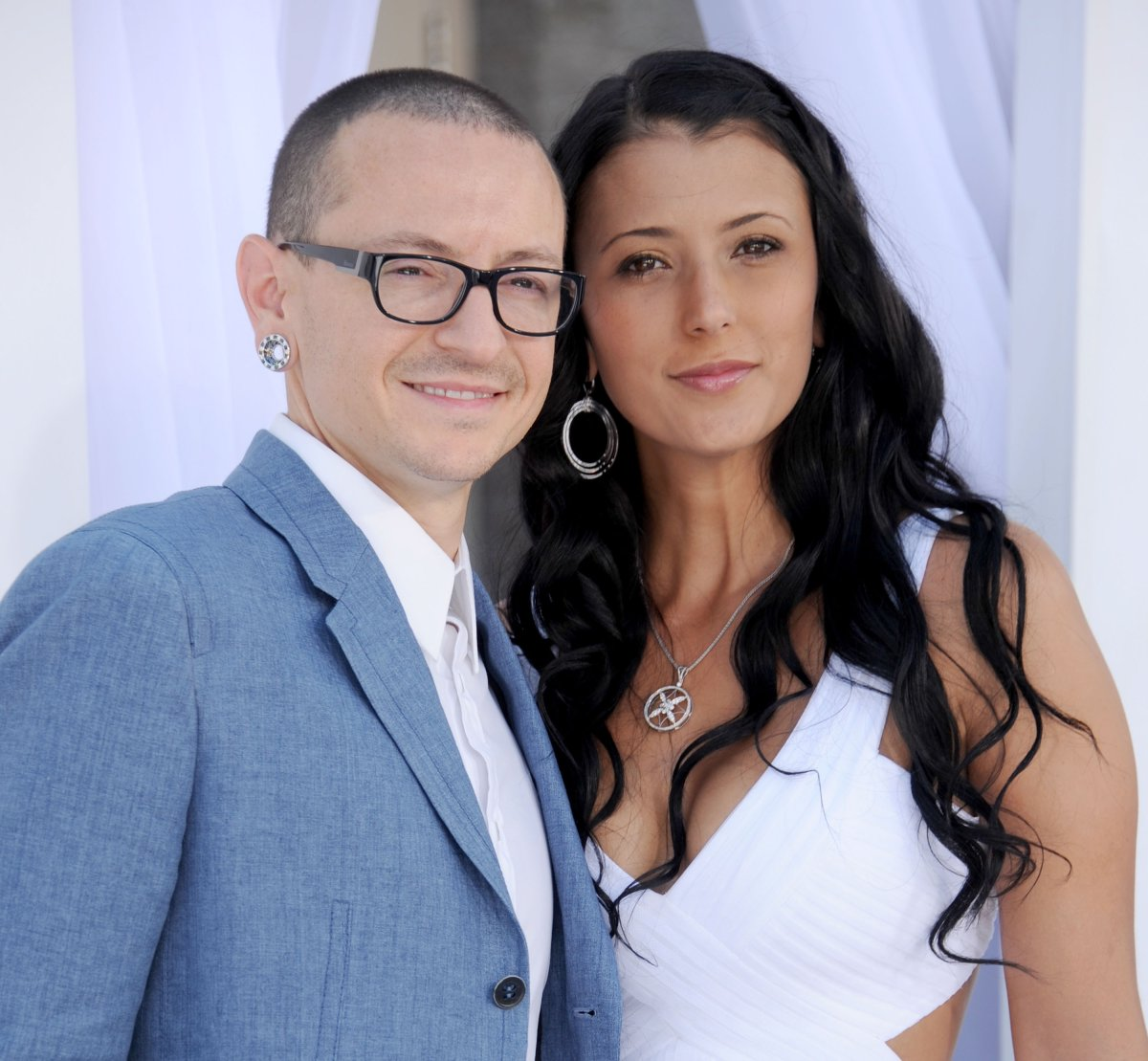 The late musician Chester Bennington of Linkin Park and wife Talinda Ann Bentley at the 2012 Billboard Music Awards at MGM Grand on May 20, 2012 in Las Vegas, Nevada.