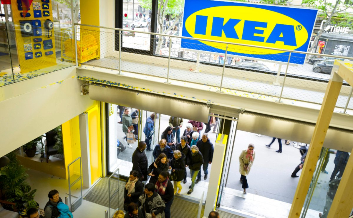Thousands of people responded to a Facebook event for a game of hide-and-seek at a Glasgow Ikea.