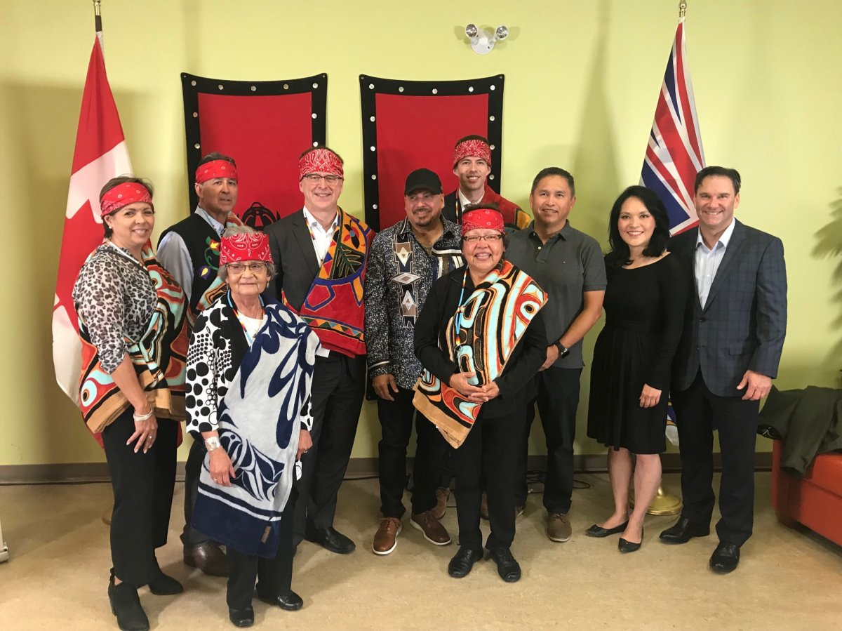 Health Minister Adrian Dix with members of the First Nations Health Authority and the Lu'ma Medical Centre, which is receiving $2 million in funding for expansion projects.