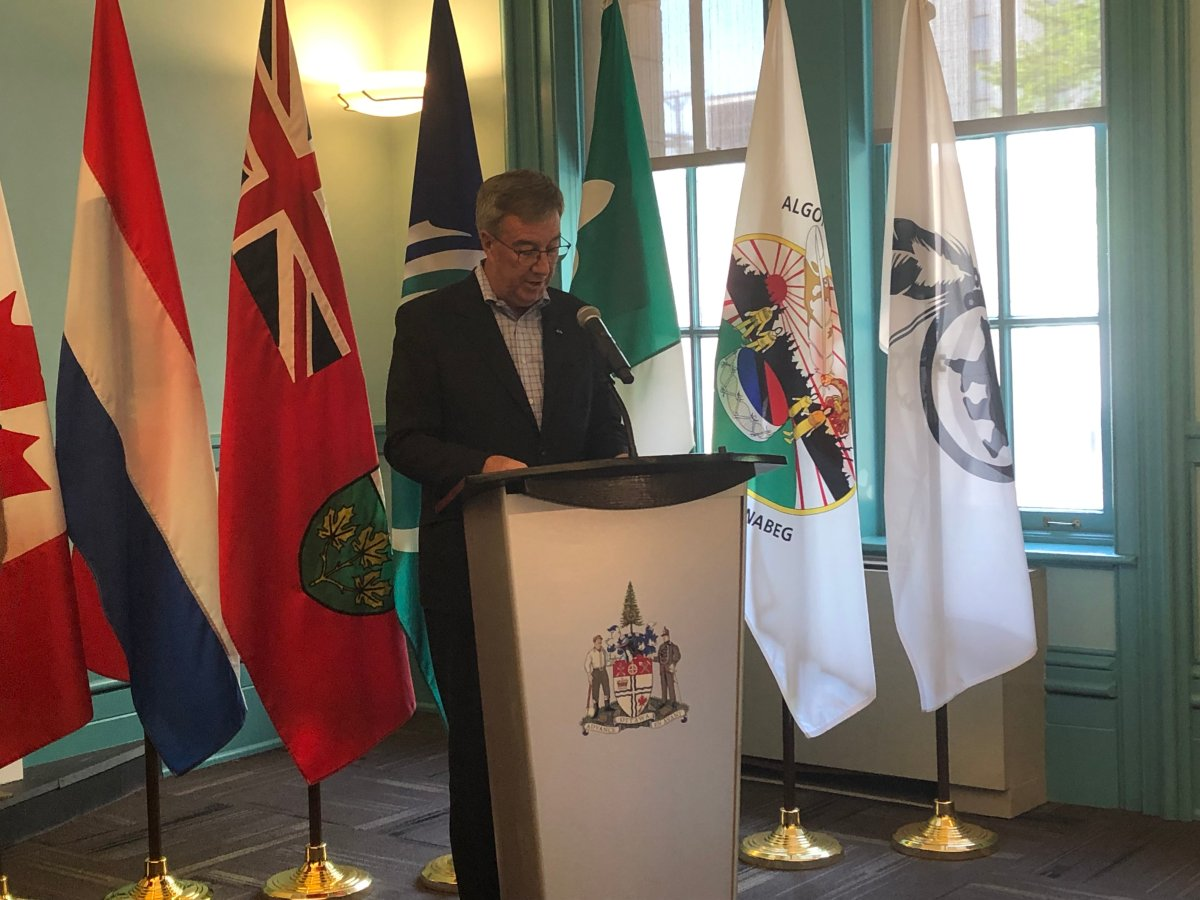 Mayor Jim Watson on Tuesday announced that a 20-member delegation of business and tourism leaders in Ottawa will depart on a five-day economic mission to the Netherlands on September 15.
