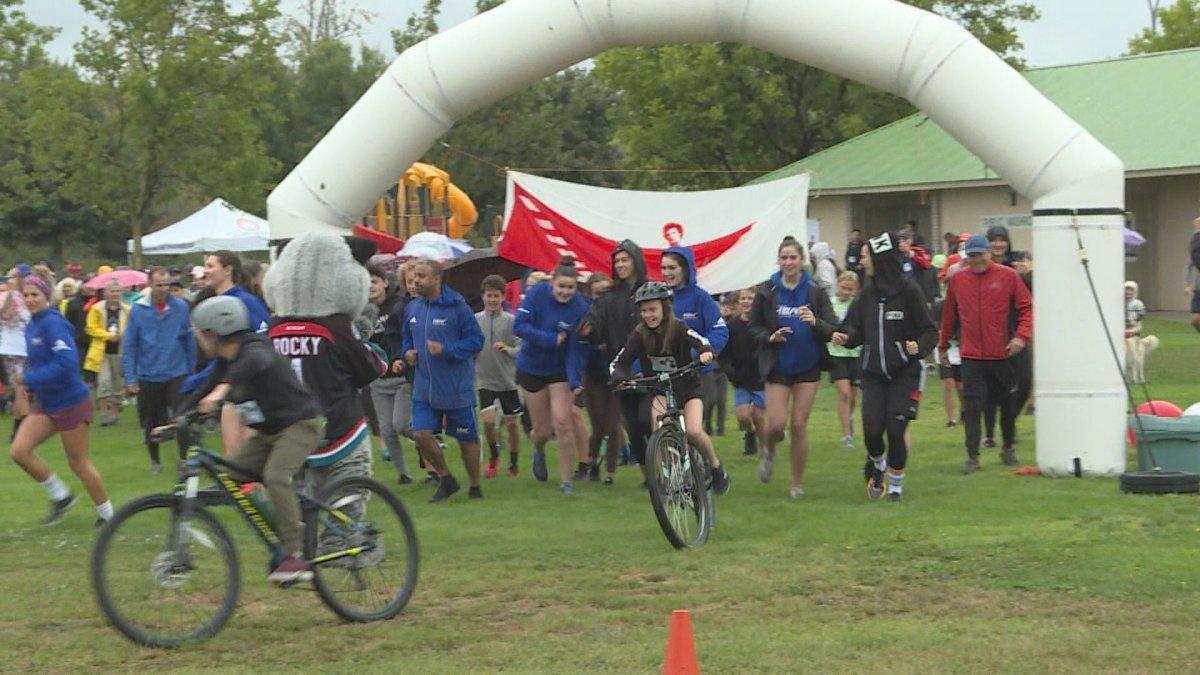 Kelowna residents take off on the 39th annual Terry Fox Run.