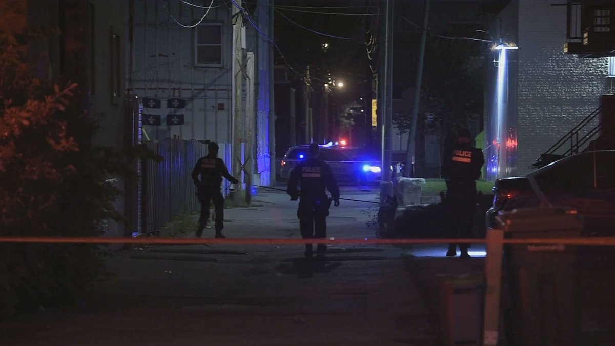 Montreal police is investing an attempted murder in the Hochelaga-Maisonneuve borough.