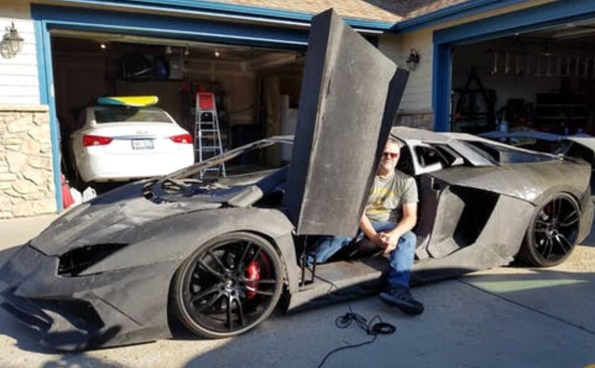 A Colorado physicist is building a 3D-printed Lamborghini with his son.