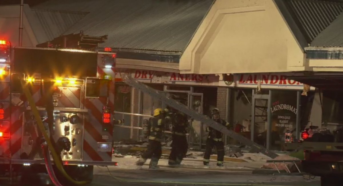 Fire burns Abbotsford laundromat - image