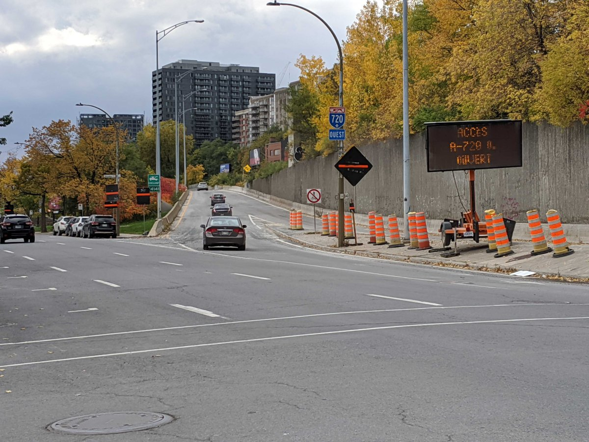 The Lucien-l'Allier entrance to Highway 720 West is back open.