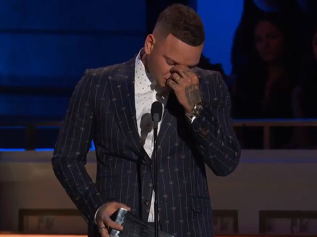 Kane Brown speaking on stage at CMT's 2019 Artists of the Year event  on Wednesday, Oct. 16, 2019.