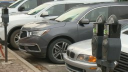 Continue reading: Regina curbside pickup customers won't need to plug meters downtown: city