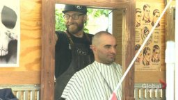 Continue reading: Moose Jaw, Sask. barber taking free haircuts for homeless across Canada