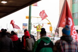 Continue reading: Tentative deal reached between six Crown corporations and Unifor
