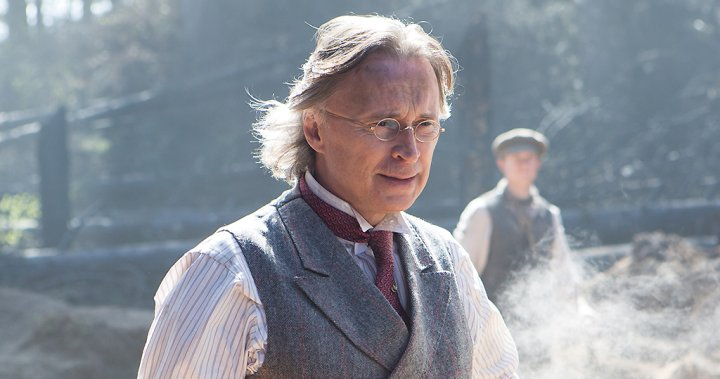 Robert Carlyle on BBC One's 'War of the Worlds': This version will 'make you think deeper'