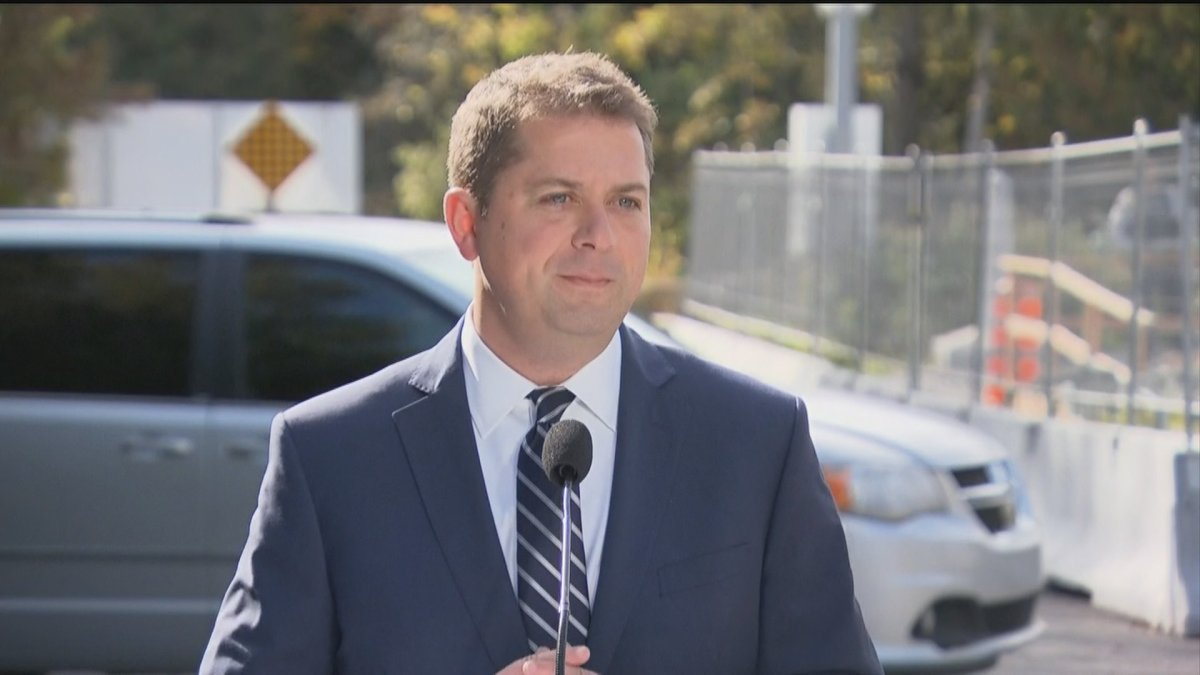 """Conservative Party Leader Andrew Scheer says he'll """"close loophole"""" in Canada-U.S. border agreement."""
