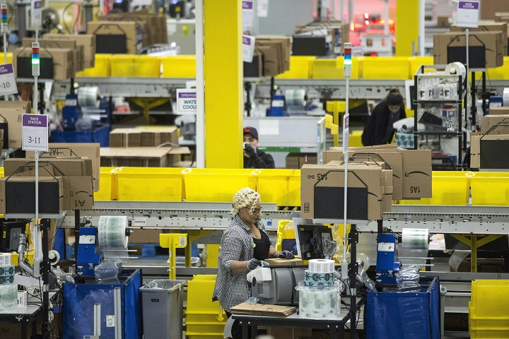300 Jobs Coming To Lachine With New Packing Shipping Warehouse Amazon Canada Montreal Globalnews Ca