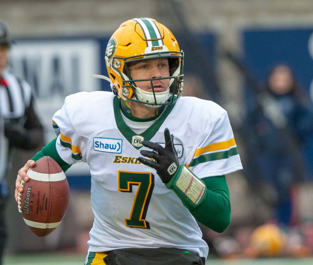 Edmonton Eskimos quarterback Trevor Harris (7) looks for an open receiver Montreal Alouettes during first quarter CFL East Semifinal football action Sunday, November 10, 2019 in Montreal.