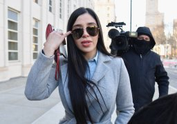 Continue reading: El Chapo's wife to appear on reality show 'Cartel Crew'