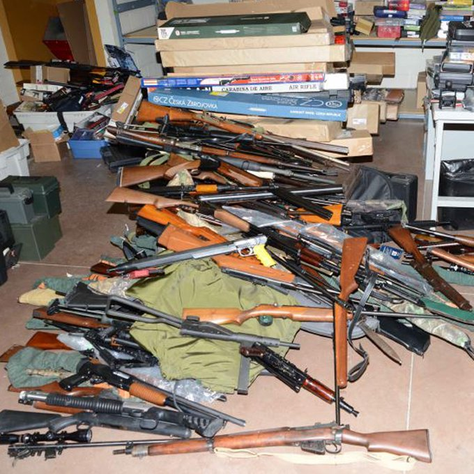 Ottawa police say they discovered a cache of over 450 guns in a home in Heron Gate in August.