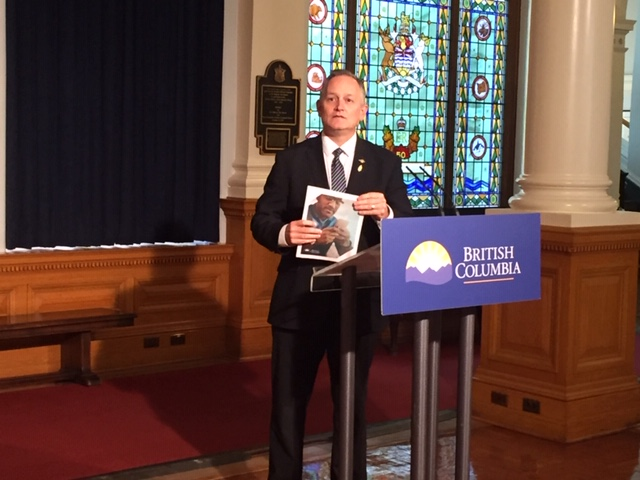MLA Bob D'Eith has been appointed to push Federal Government for better cellphone rates.