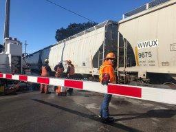 Continue reading: Emergency CP Rail repairs close Richmond Street south of Oxford
