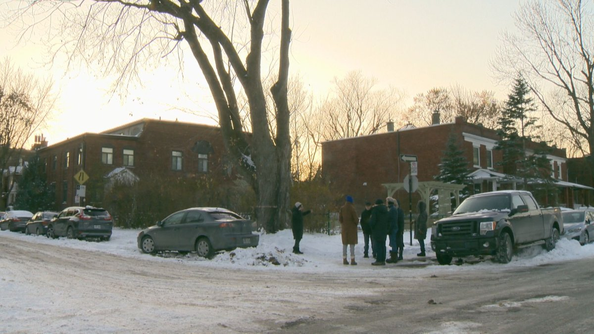 A group of Monkland village residents wants the borough of NDG to reconsider a proposed housing project located at 5867 Ch. de la Côte-St-Antoine.